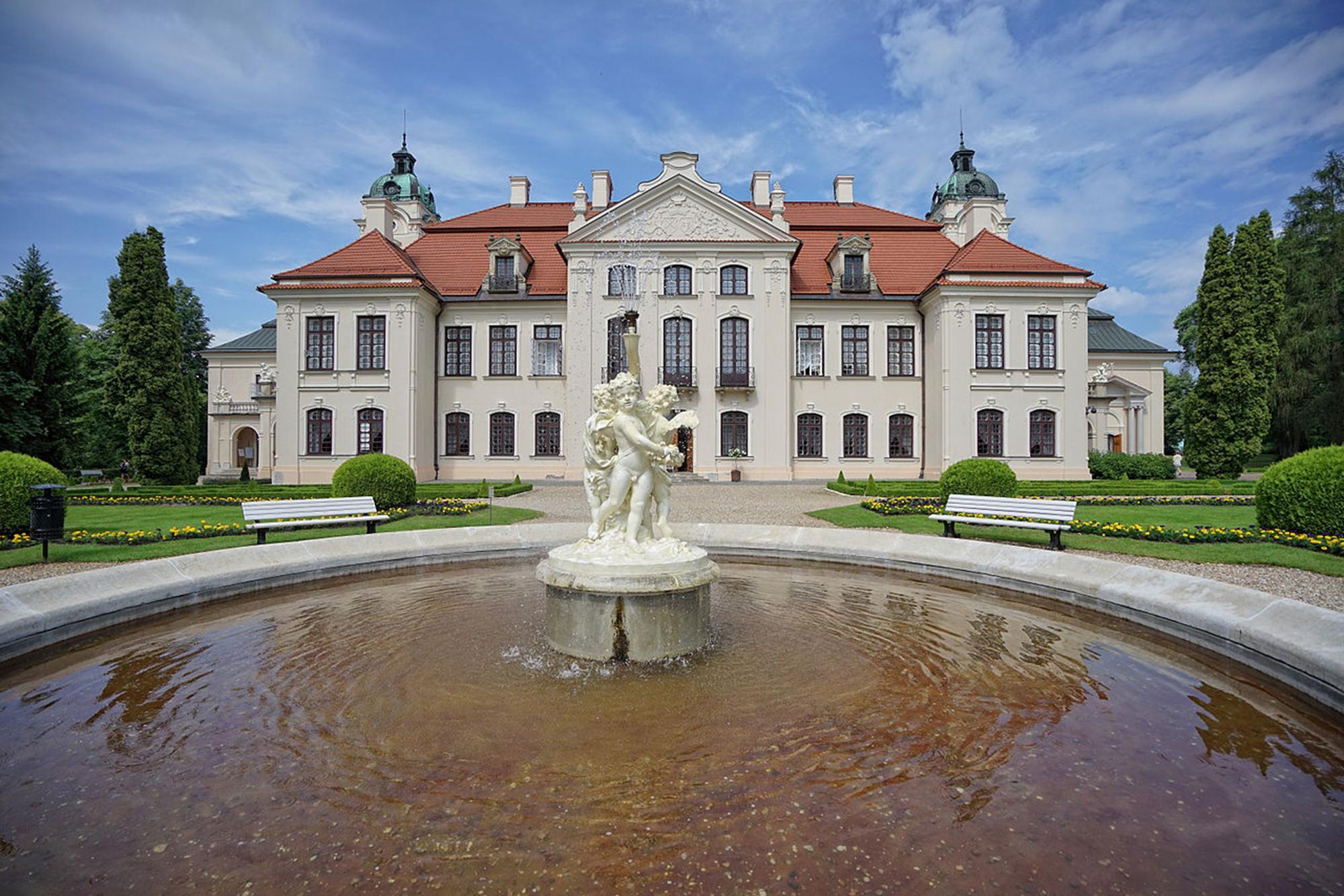 Pałac_Zamoyskich_w_Kozłówce_3 (Copy)